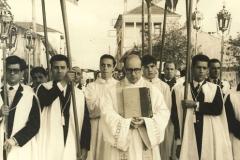 Procissão na Paróquia do Padrão da Légua [década de 60].